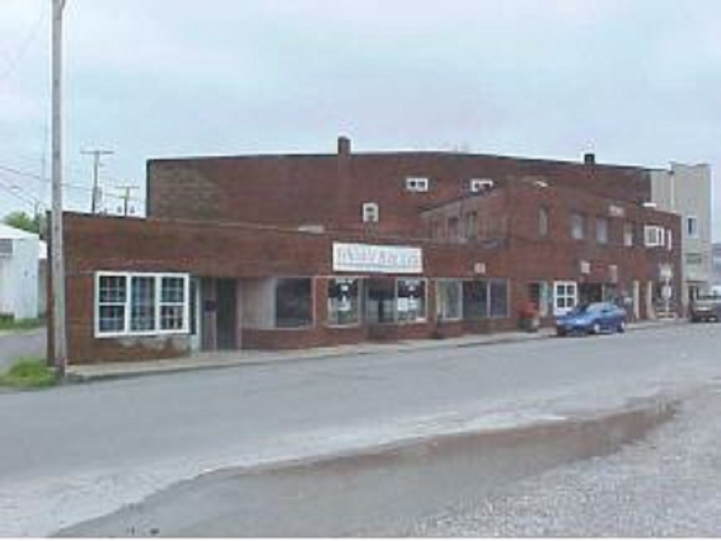 Railroad Ave W,Osgood,Ripley,Indiana,United States 47037,4 BathroomsBathrooms,Commercial,Railroad Ave W,1047