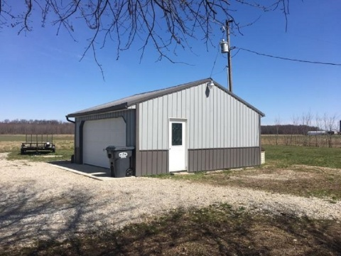700S,Versailles,Ripley,Indiana,United States 47042,2 Bedrooms Bedrooms,1 BathroomBathrooms,Residential,700S,1052