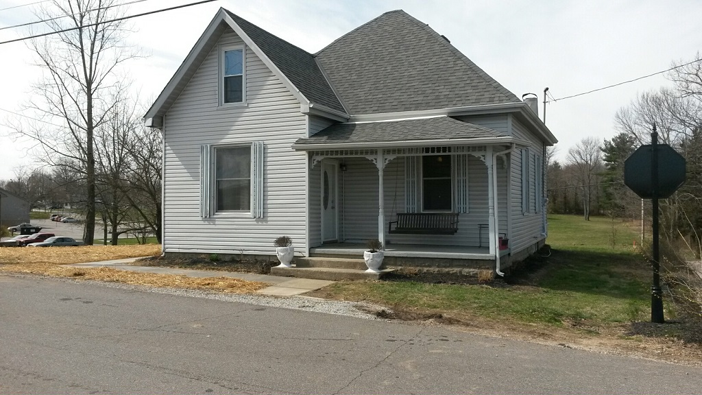 High St,Versailles,Ripley,Indiana,United States 47042,4 Bedrooms Bedrooms,1 BathroomBathrooms,Residential,High St,1053